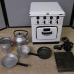 Charity Vintage: Child's Heiliger oven