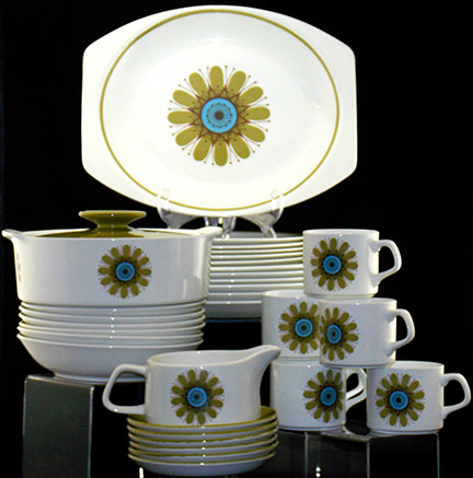 J & G Meakin Galaxy dinner service for sale by and in support of the British Heart Foundation | H is for Home