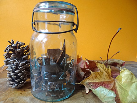 Jar of home-made plot toffee | @hisforhome #recipe #toffee #candy #sweets