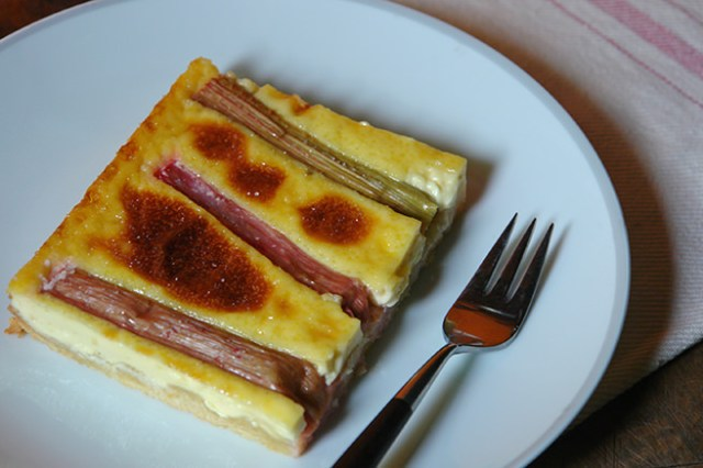 Home-made rhubarb and custard tart | H is for Home