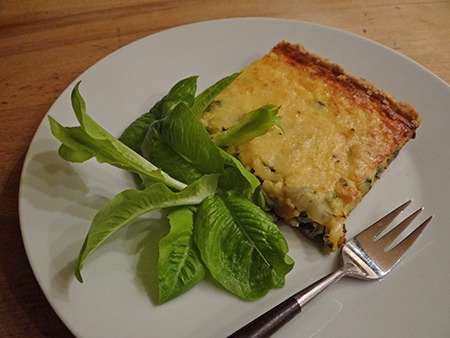Home-made spinach, cheese & onion tart | via @hisforhome
