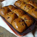 Cakes & Bakes: Tear and share garlic bread