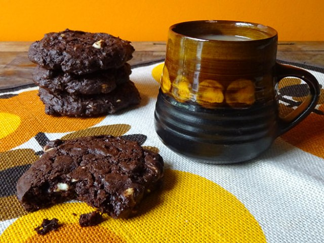 Home-made triple chocolate chip cookies | H is for Home