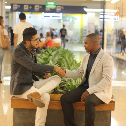 men-meeting-at-airport