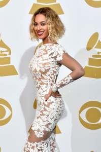 Beyoncé espectacular en los premios Grammy 2014