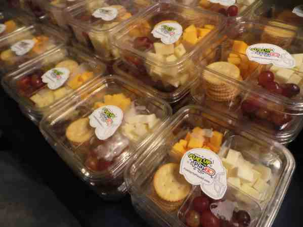 quesos y uvas son alimentos saludables