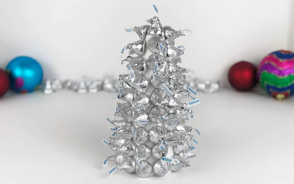 Cómo hacer un árbol de Navidad hecho de chocolate - Hispana Global