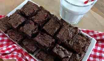La receta más fácil (¡y deliciosa!) de brownies con nueces