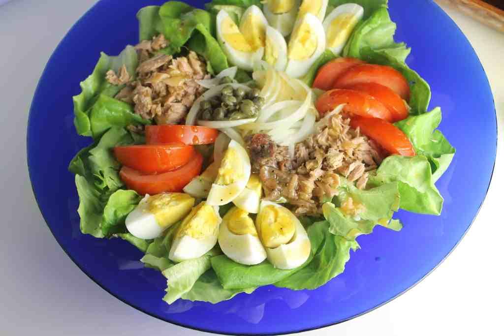 Buda bowl de proteínas estilo Niçoise