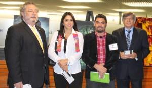 Consules de Mexico, Colombia y Chile durante la Exposicion de Arte del Mes de la Herencia Hispana 2014