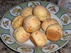Pão de Queijo ~ Cheese Bread