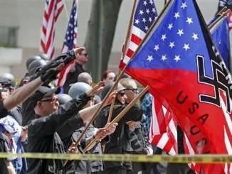 Despiertan los nazis en los angeles