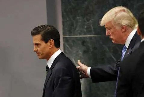 Peña Nieto regala favores antes de irse