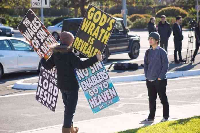 Manifestantes westboro 2