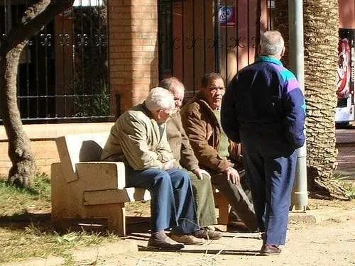 Los niños serán el futuro… conglomerado de ancianos