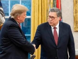 Trump normaliza la corrupción ante el silencio de sus funcionarios y copartidarios