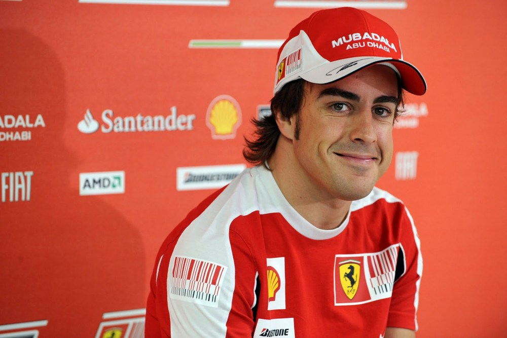 Fernando Alonso to the rescue over Spanish speed limits (1/2)