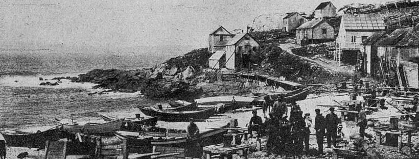 Photo en noir et blanc de la plage sur l'île Saint-Pierre en 1921
