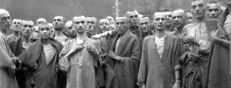 Camp de concentration d'Ebensee en 1945 (photographie de l'armée américaine)
