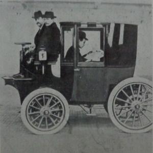 Taxi_electrique_1899
