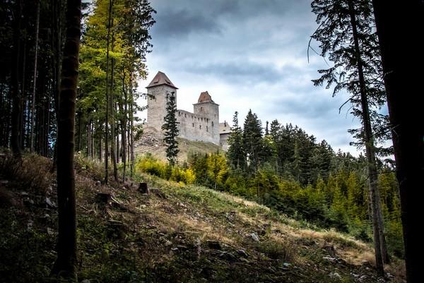 chateau medieval - histoire sympa