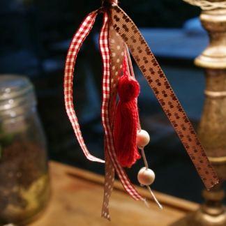 porte-cle-ruban-rouge