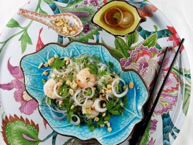 Go mien tom, salade de vermicelles aux crevettes