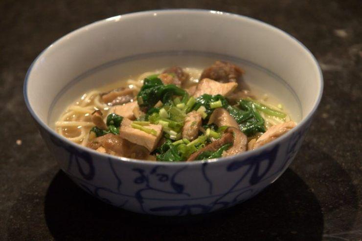 soupe de porc laqué nouilles