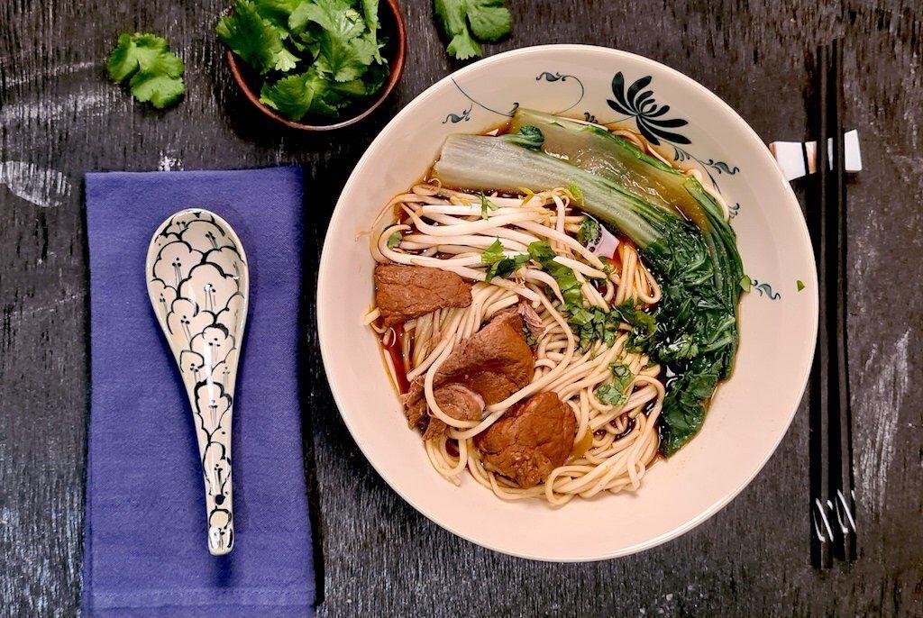 soupe taïwanaise au boeuf et aux nouilles
