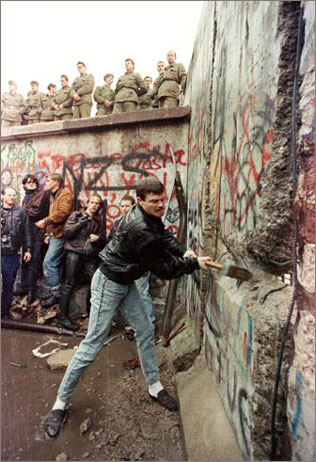 1989_mur_berlin_c_Str_Old_R