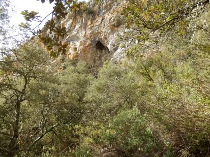 Grotte bergerie de Carlès.