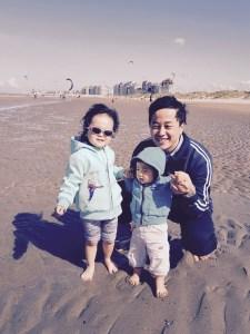 Tom N'Guyen et ses enfants