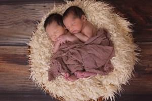 jumeaux bébé