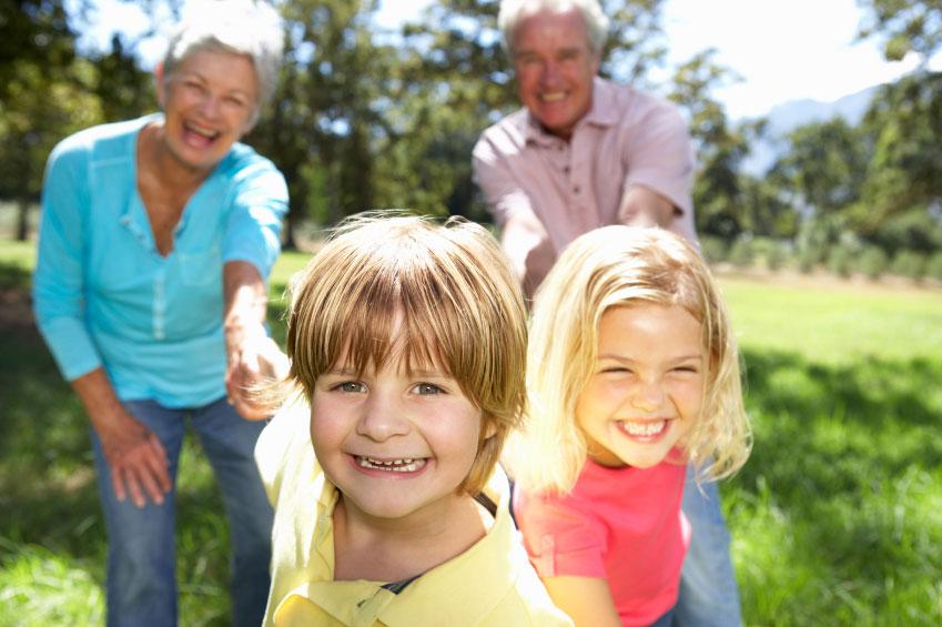 enfants chez les grands parents