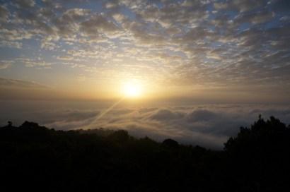 Soleil couchant à Mariakamba Hut