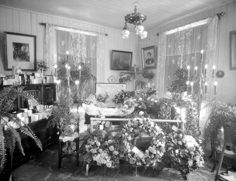 Du salon familial au salon funraire