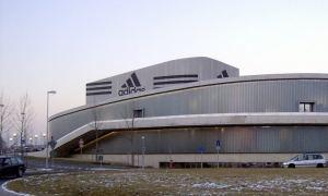 Historia de Adidas
