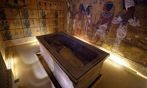 Egipto casi seguro de que la tumba de Tutankamón esconde dos cámaras secretas