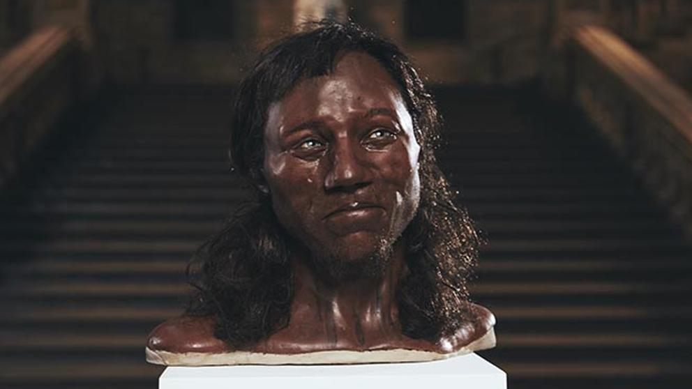 Cheddar man: El primer británico era negro y tenía los ojos azules