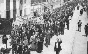Manifestación en maio de 1936 en Monforte de Lemos / https://sober1936.wordpress.com