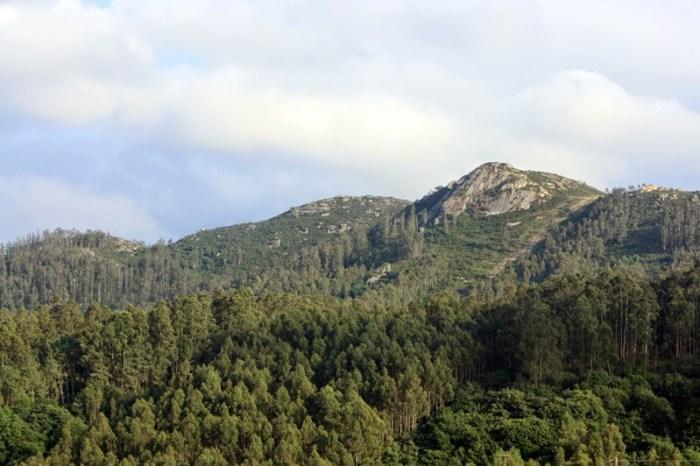 Vista do Castelo da Veiga, no Monte Xalo / Luar na Fraga