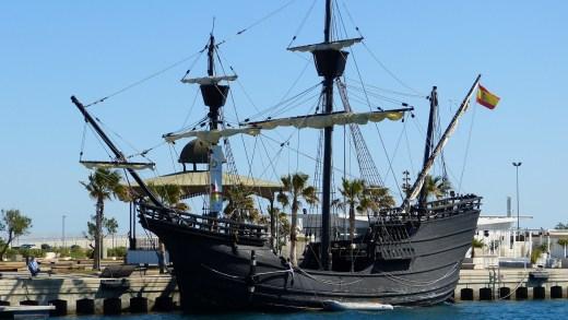 Réplica da nao Victoria, da Armada de Magallanes, a primeira en dar a primeira volta ao mundo con Juan Sebastián Elcano / youtube