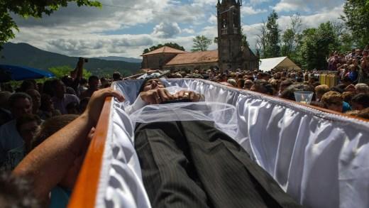 A Xunta premia turísticamente as festas de exorcismo, morte, viño e carne