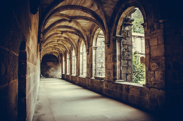 Galicia está enchidad de mosteiros / foto magicboiroCC0