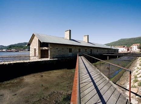 Muíño das Mareas en Muros / foto Turismo de Galicia
