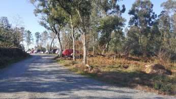 Coches aparcados en fincas privadas / foto Concello de Silleda