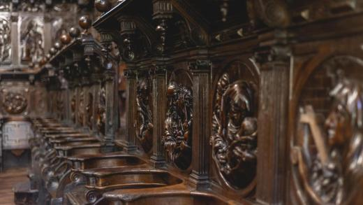 Alertan do grave perigo do coro lígneo da catedral de Lugo, unha das grandes obras artísticas do templo