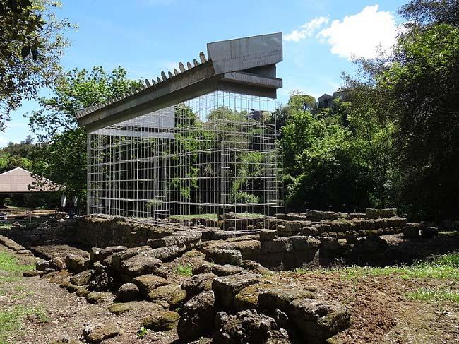 Estado actual del yacimiento arqueológico del templo de Veyes, objeto de conquista romana