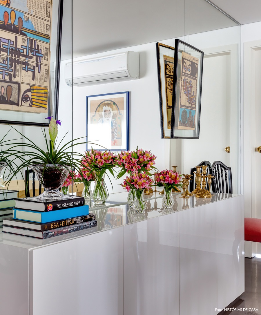 10-decoracao-sala-jantar-espelho-buffet-cinza