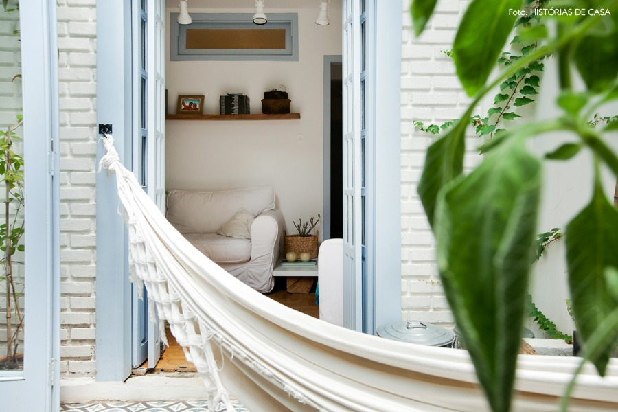 10-decoracao-terraco-rede-parede-tijolinho-branco